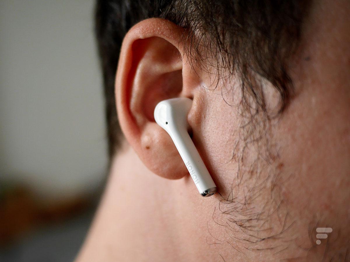Les Honor Magic Earbuds sont des écouteurs intra-auriculaires