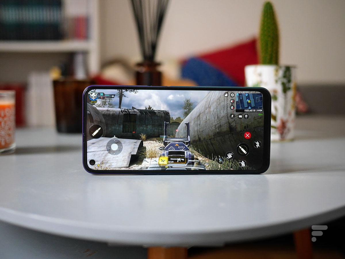 Call of Duty Mobile est plutôt fluide sur le Oppo A72
