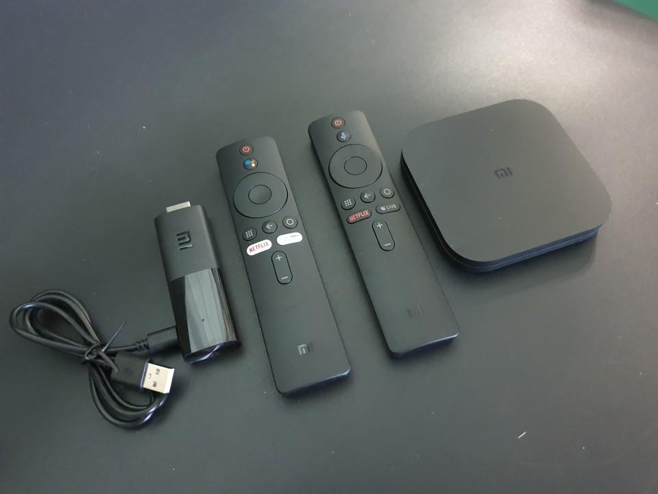 Le Xiaomi Mi TV Stick et la Xiaomi Mi Box S