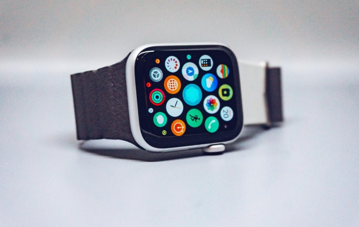 L'Apple Watch va de nouveau pouvoir profiter de Google Maps pour un guidage directement sur le poignet…