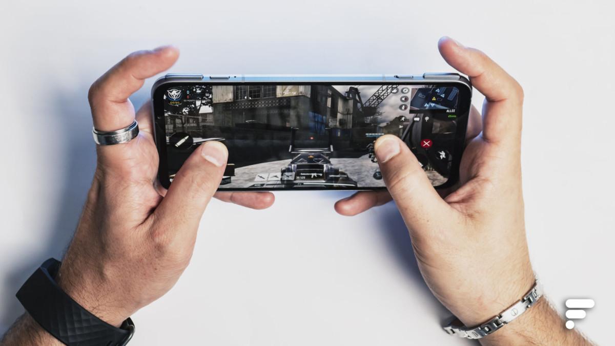 Le BlackShark3 Pro a un bel écran