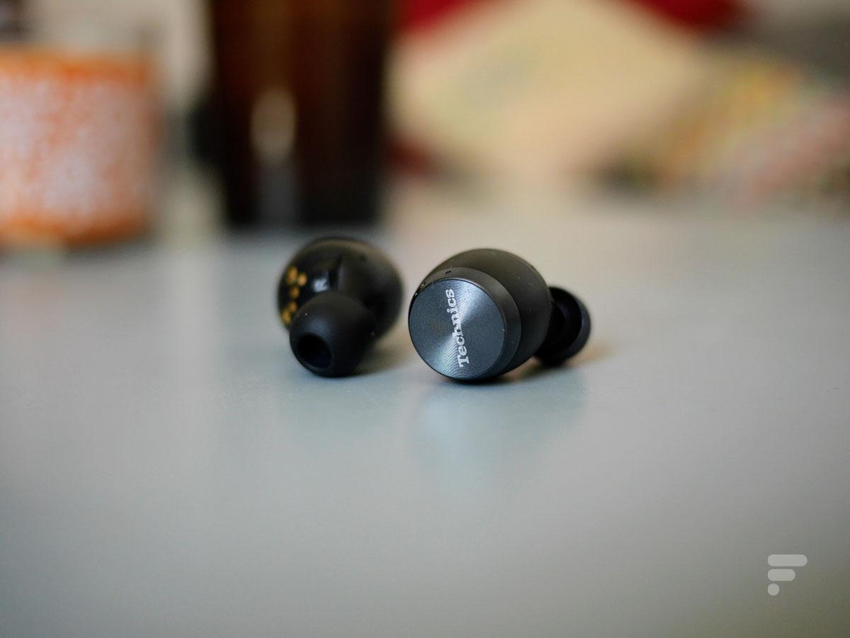 Les écouteurs Technics AZ70