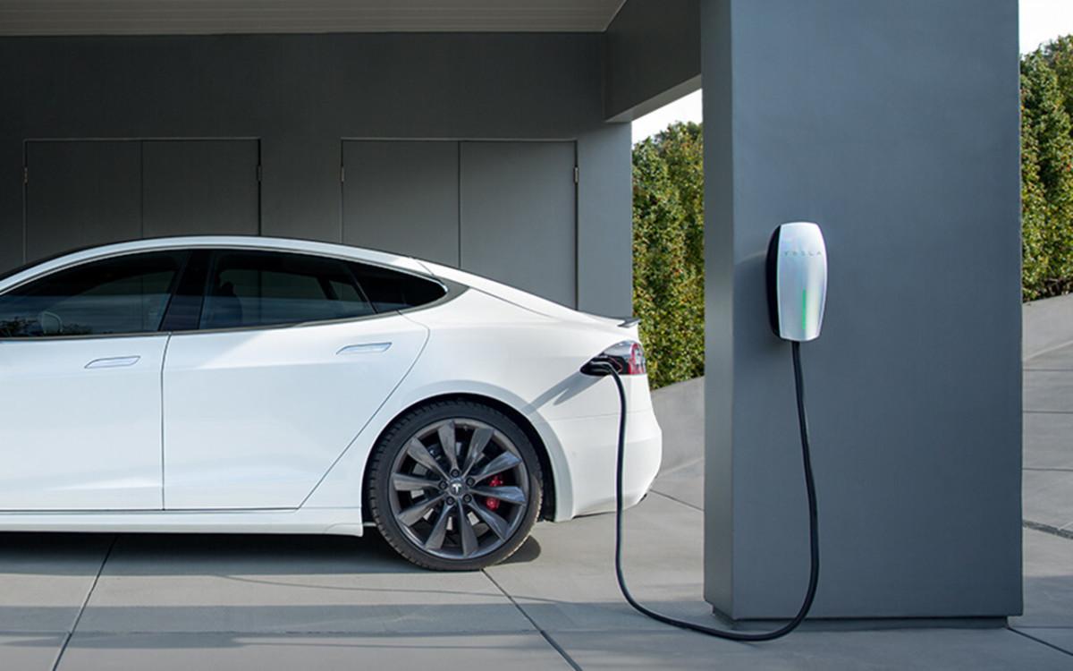 Chargement d'une Tesla