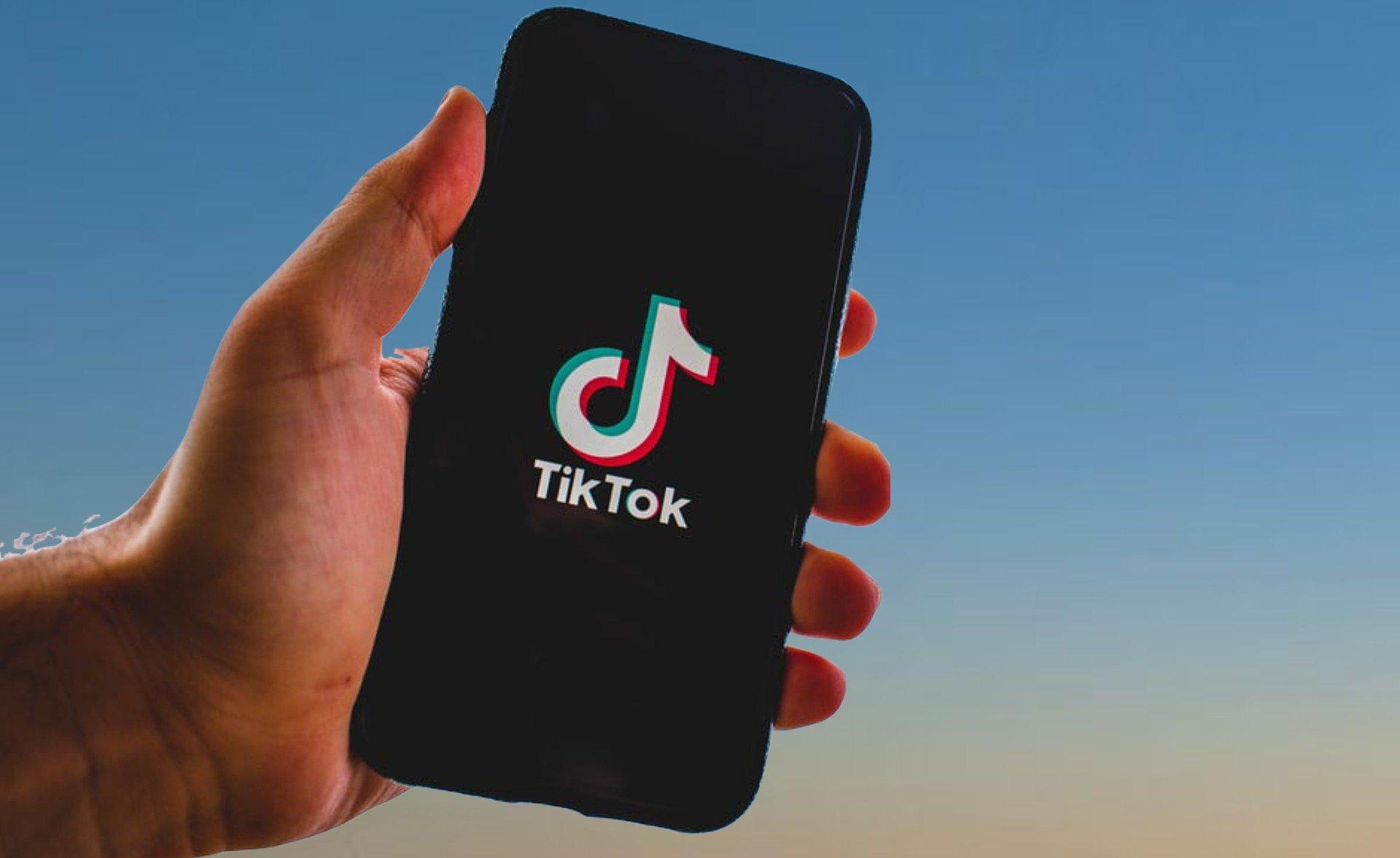 Trump fixe une date limite pour le rachat du réseau social — Tiktok