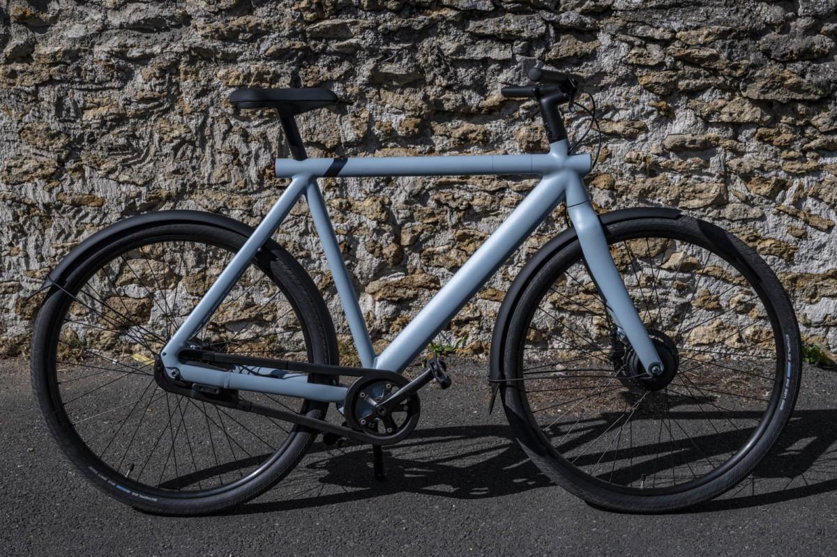 Le S3 apporte une touche de modernisme au traditionnel vélo hollandais et pour cause, c'est son origine.