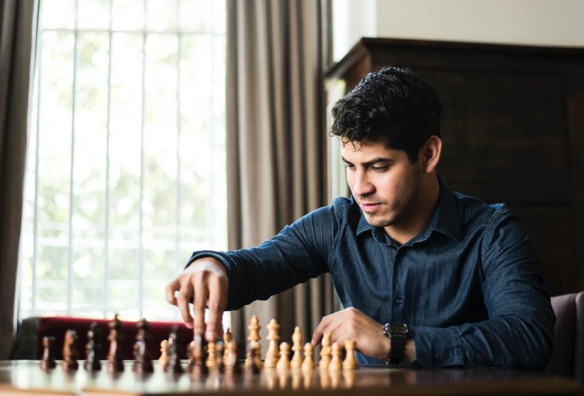 Aidé d'un ancien champion du monde d'échecs, DeepMind veut rendre son IA plus humaine et créative