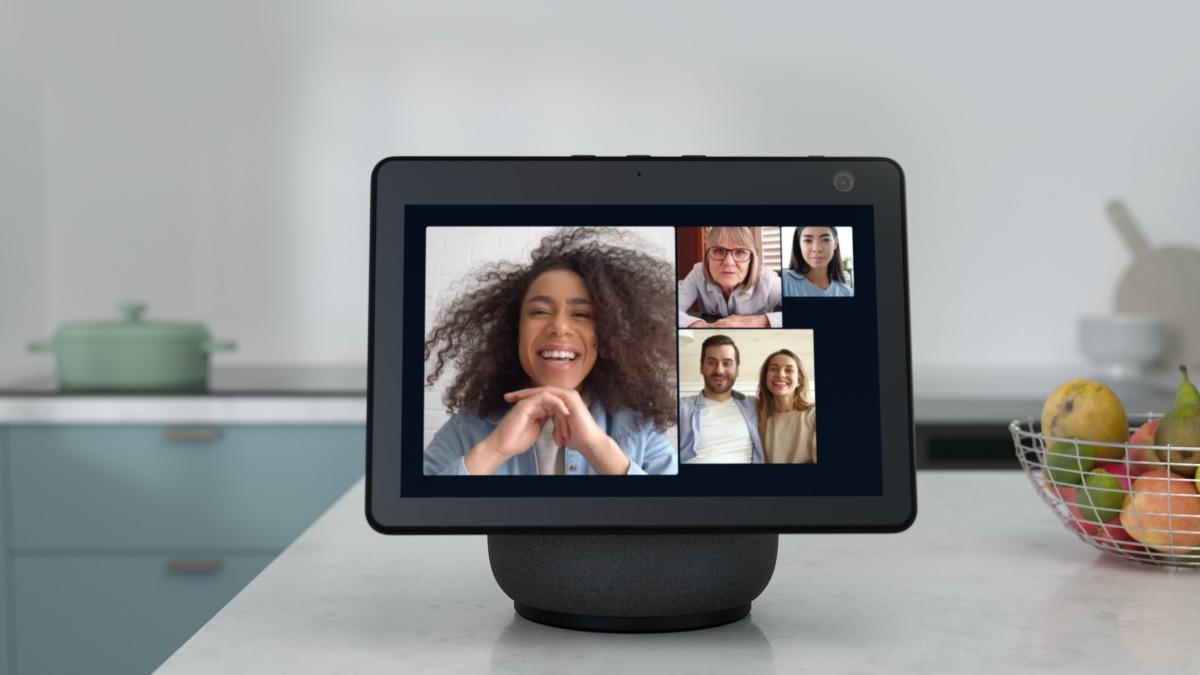 Amazon Echo Show 10 : le Portal de Facebook, mais mieux pensé