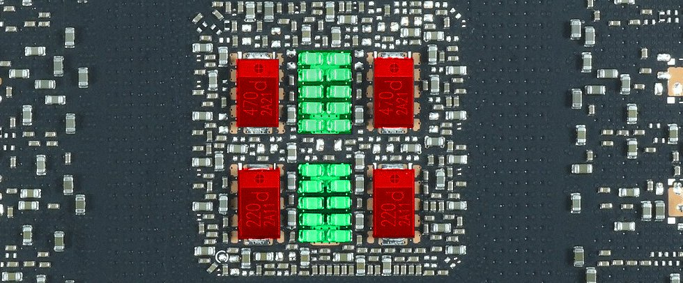 Les condensateurs incriminés en rouge sur une Founders Edition