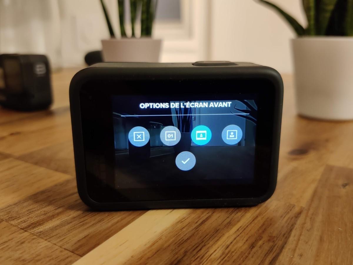 En mode vidéo, les informations sur la batterie, la carte microSD et le mode d'enregistrement sont également affichées