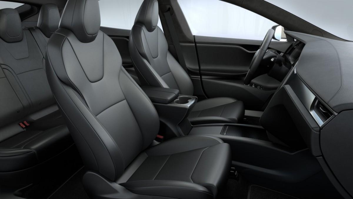 L'intérieur de la Tesla Model S Plaid