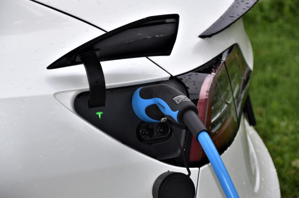 L'avenir des batteries de nos véhicules électriques n'est peut-être pas où on le pense…