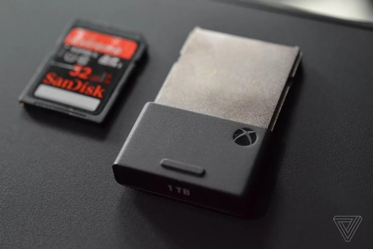 Le SSD externe un peu plus grand qu'une carte SD