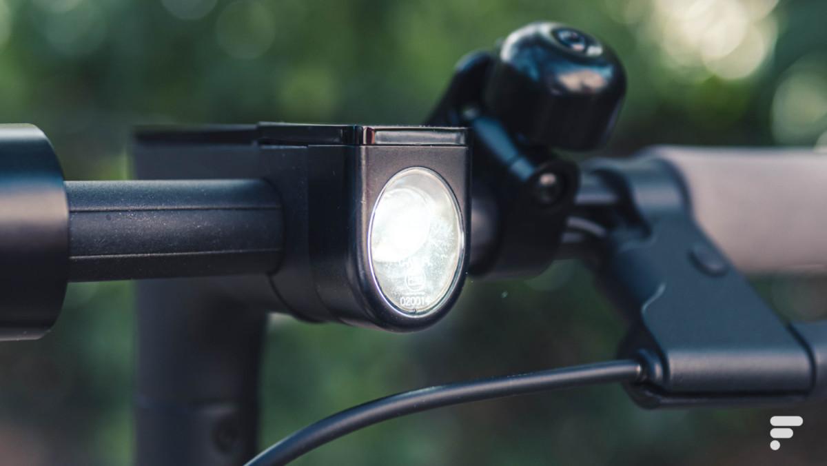 La lampe de la Mi Scooter Essential