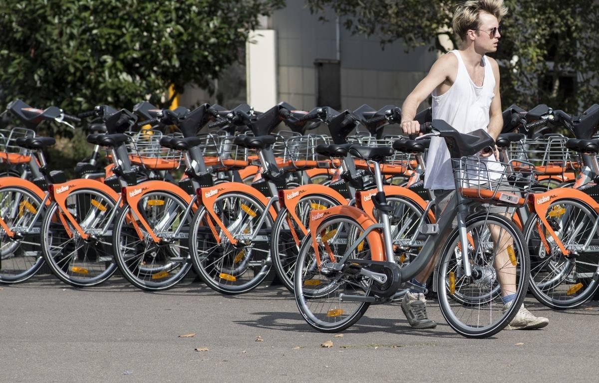 Vélo location libre-service