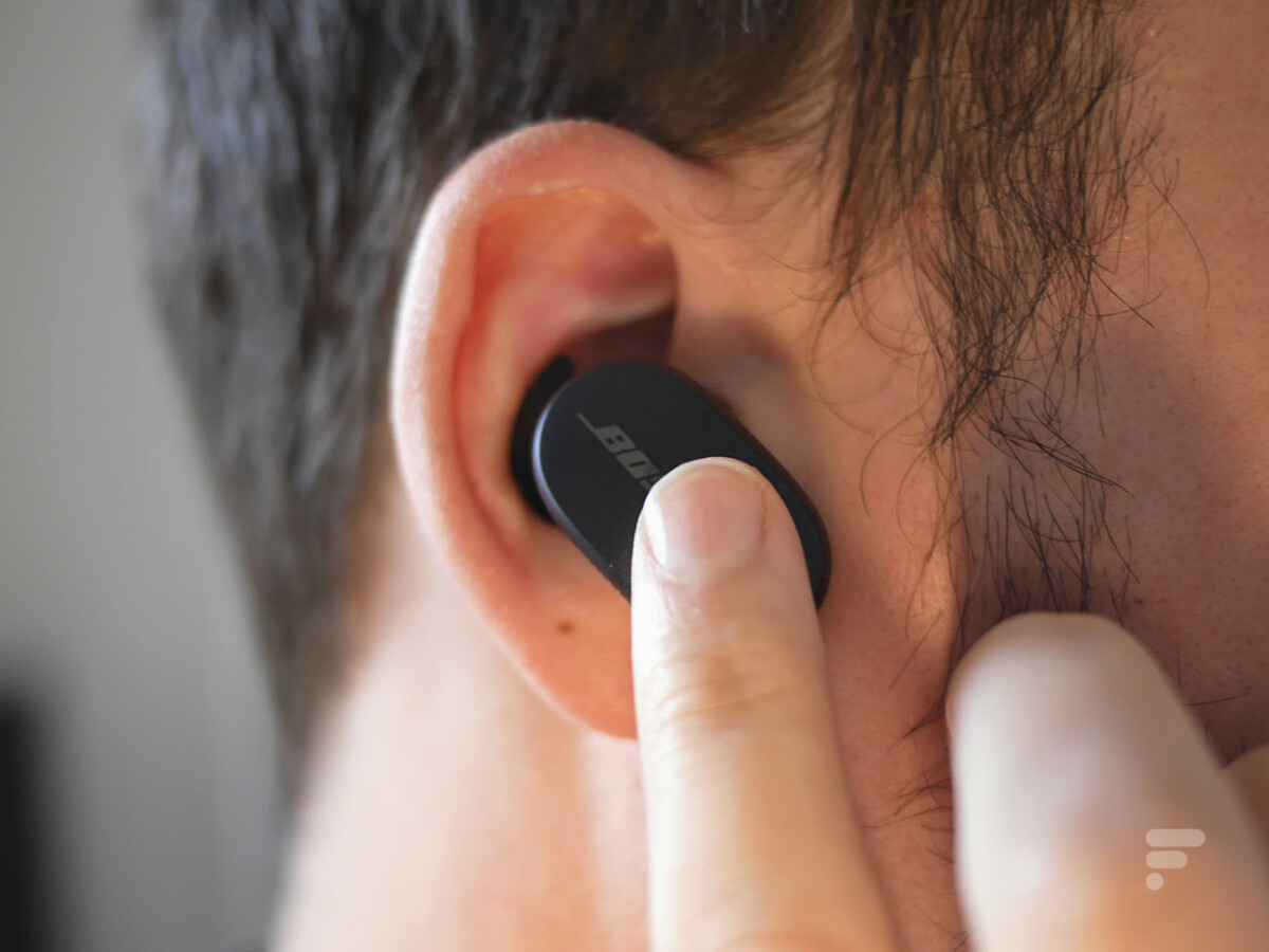 Bose QC Earbuds are controlled by touch
