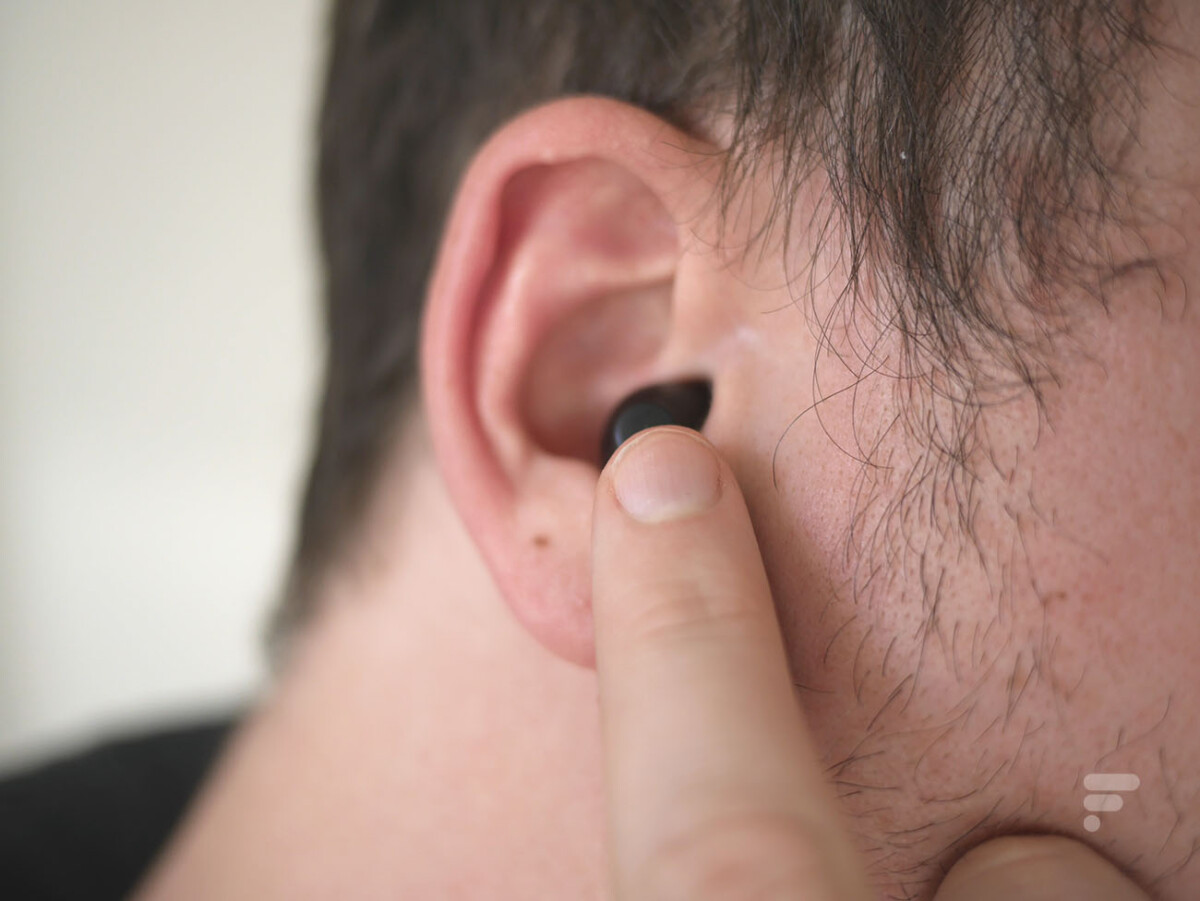 Lidl true wireless headphones are controlled using physical buttons