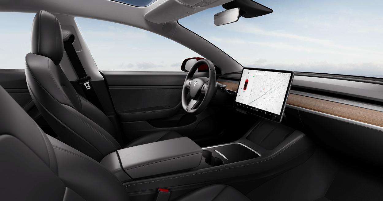 L'intérieur d'une Tesla Model 3, pour illustration