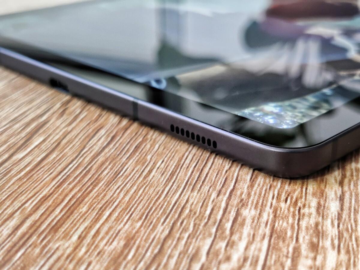 Un des deux haut-parleurs de la Galaxy Tab S6 Lite