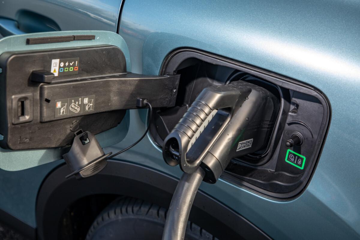 La prise de recharge de la Citroën ë-C4