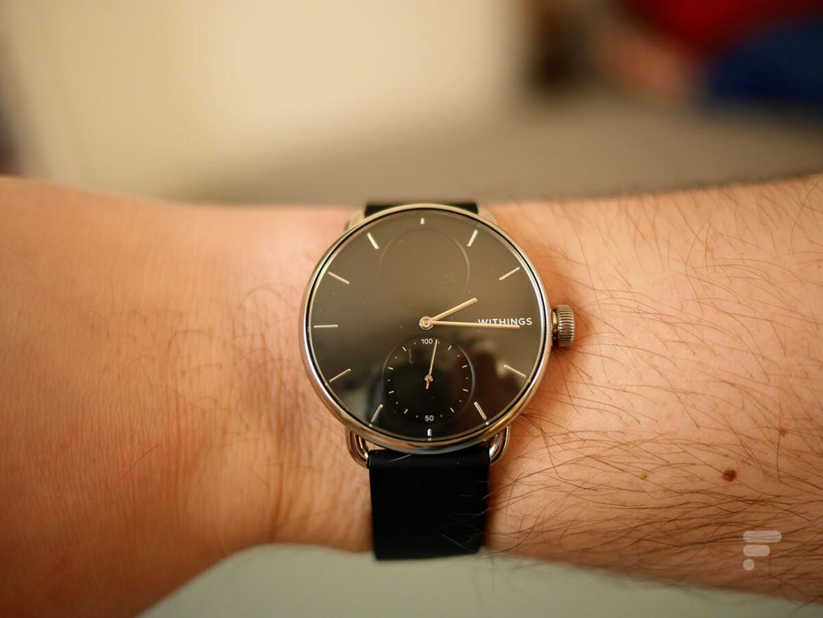 La Withings ScanWatch st une véritable montre à aiguilles