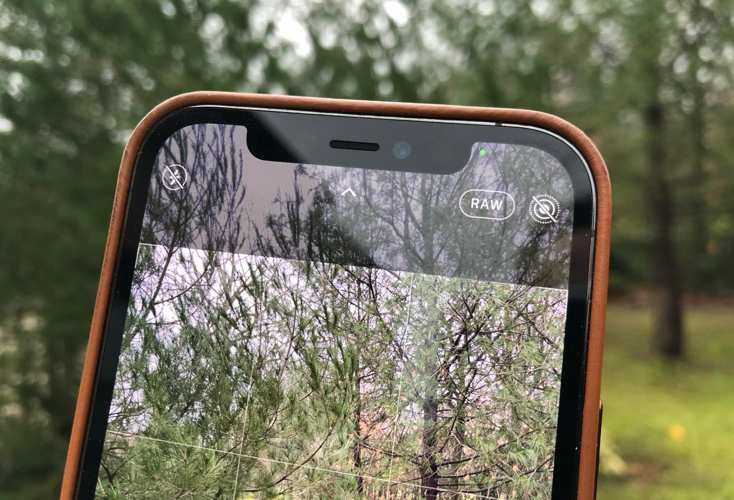Instagram prend désormais en charge les fichiers Apple ProRAW, introduits avec la dernière version d'iOS