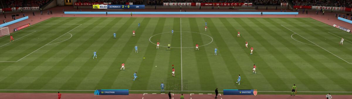 Jouer à FIFA avec un tel moniteur assure un avantage certain