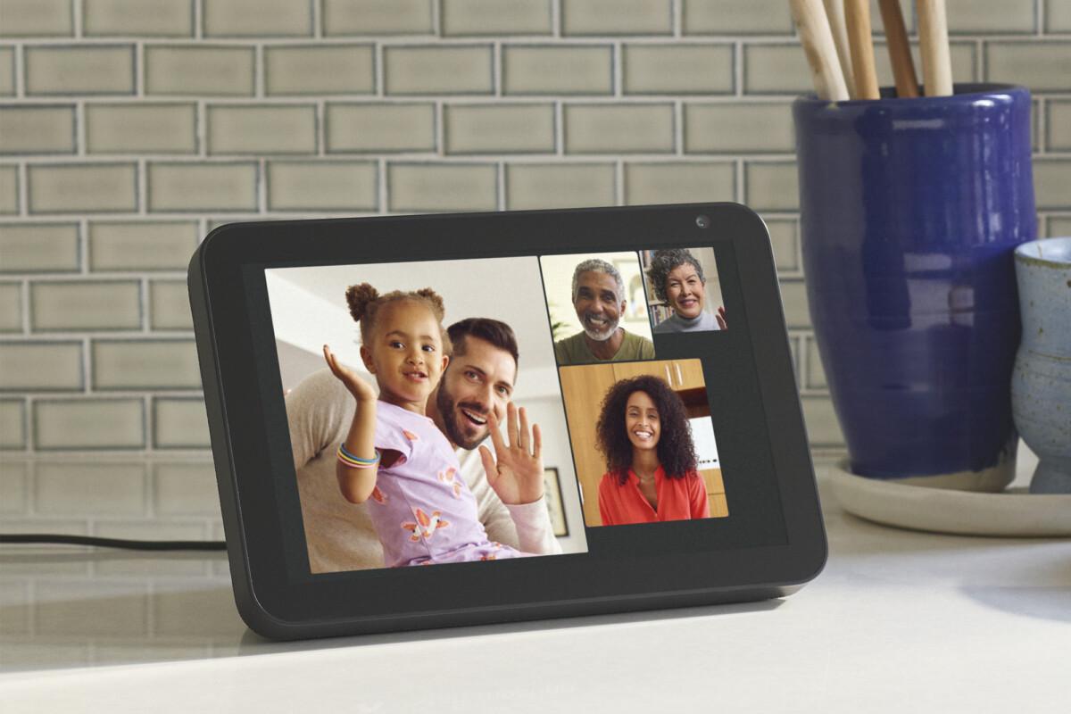 Les écrans Echo Show peuvent accueillir des appels de groupe jusqu'à 7 personnes