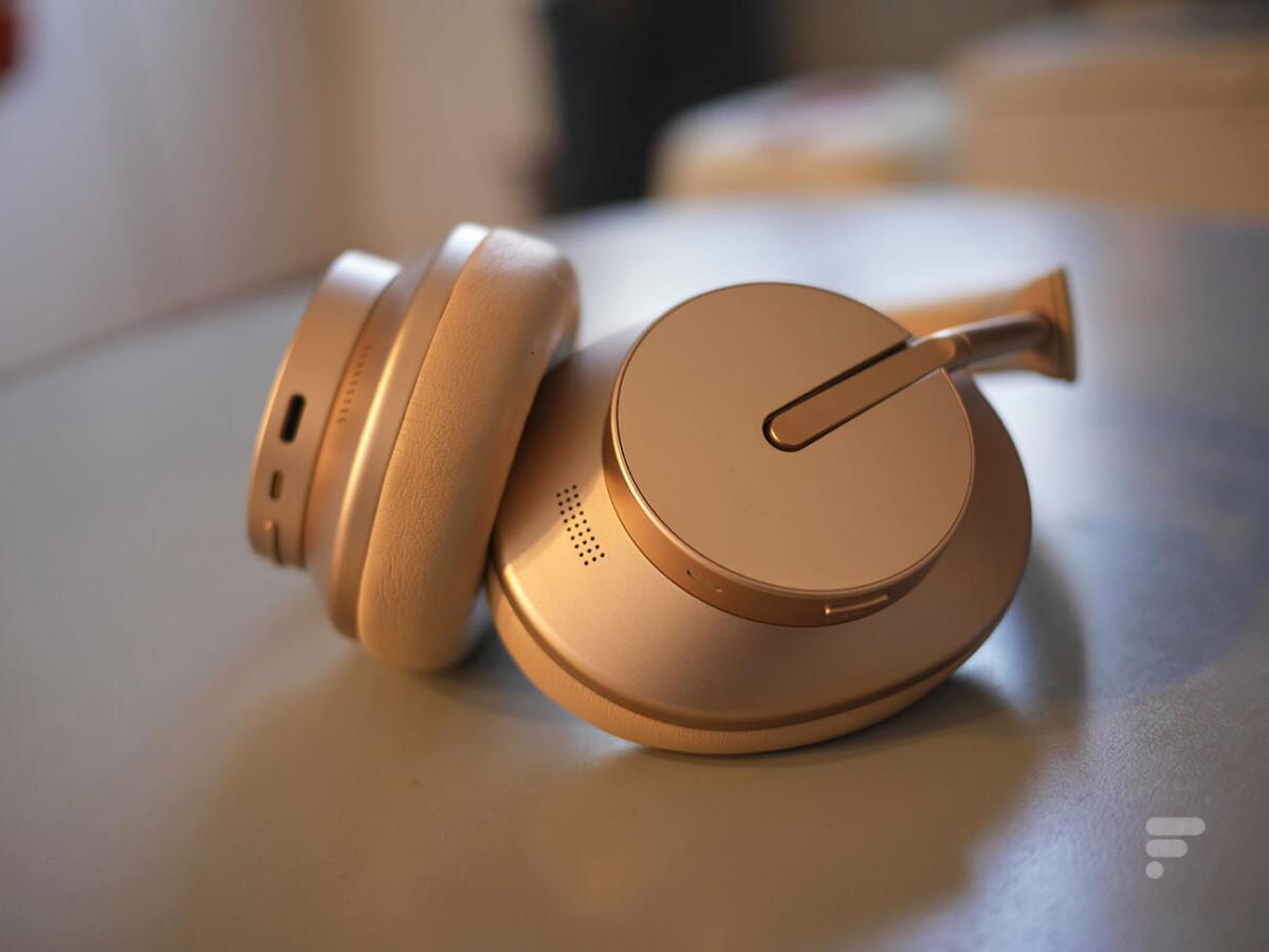 Le Huawei FreeBuds Studio propose une bonne captation de la voix pour les appels