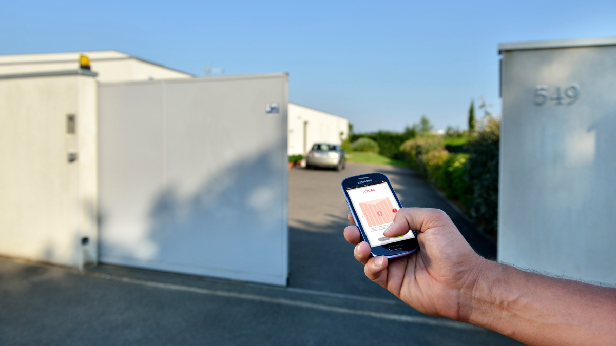 The TaHoma app allows you to open your portal remotely
