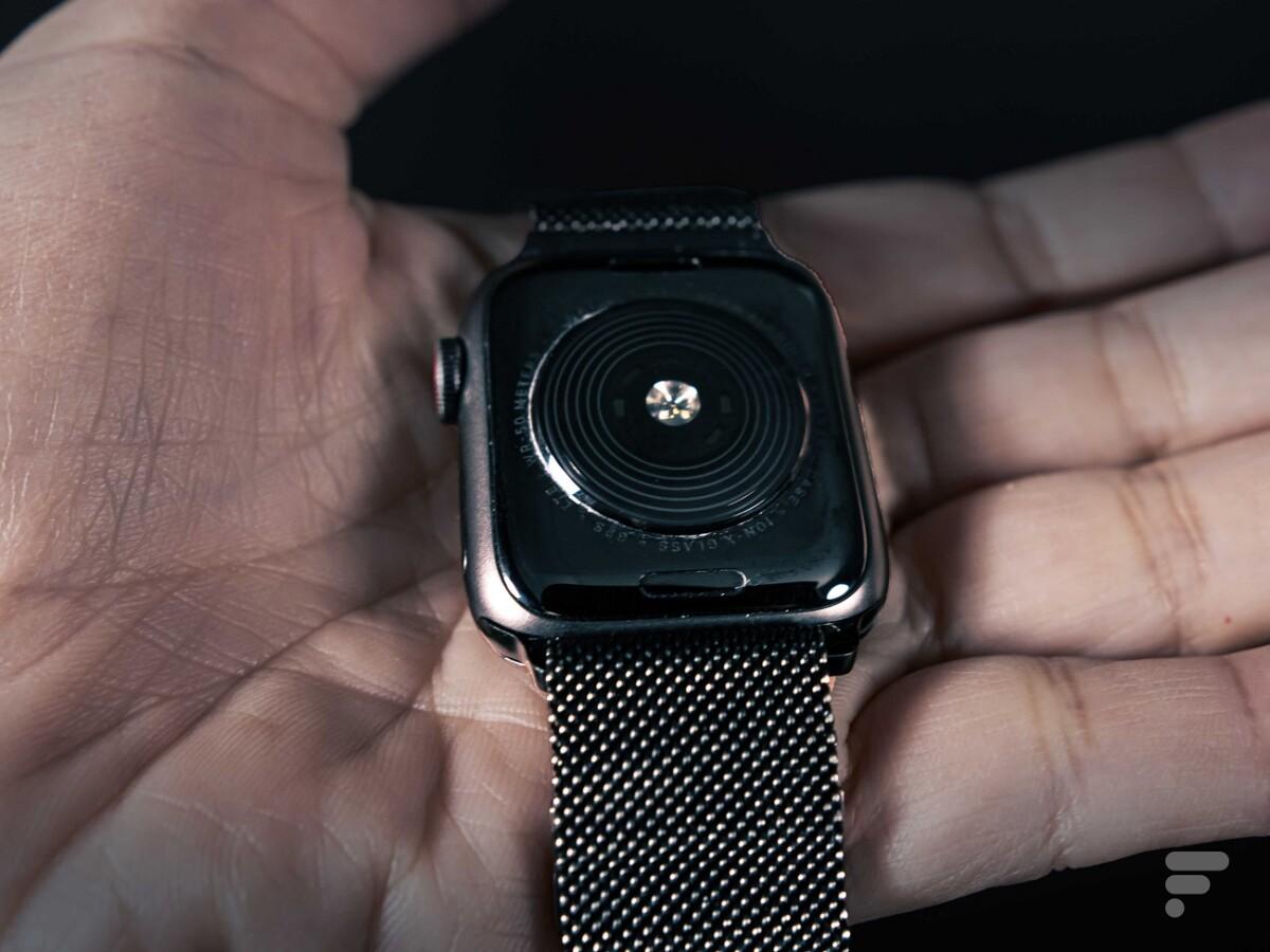 Le cardiofréquencemètre de l'Apple Watch SE