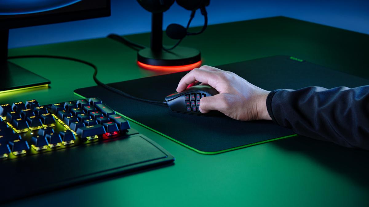 La souris Razer Naga X et ses boutons programmables //Source: Razer