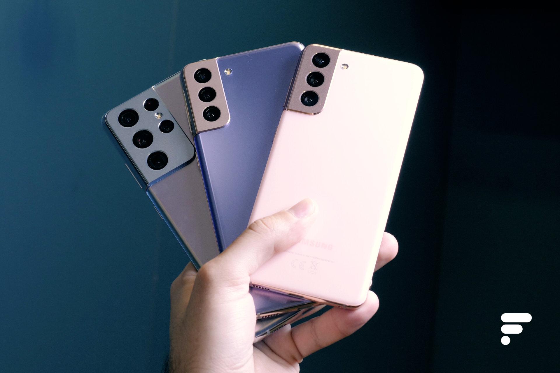 Les trois Samsung Galaxy S21 de dos
