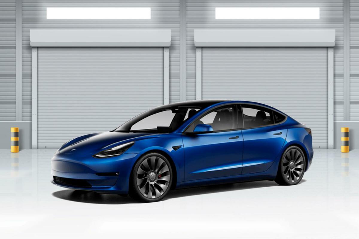 Tesla Model 3 (2021)
