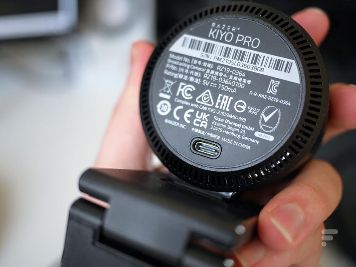 La prise USB-C de la Razer Kiyo Pro