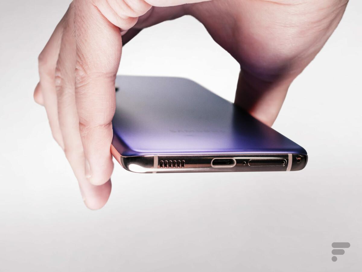 La tranche inférieure du Samsung Galaxy S21