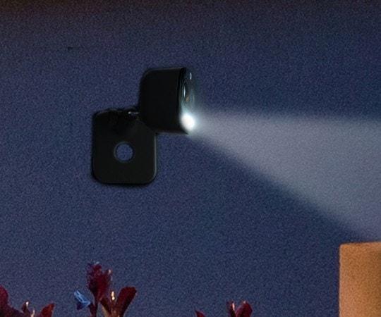 La Front Door Wi-Fi Camera – Light & Siren