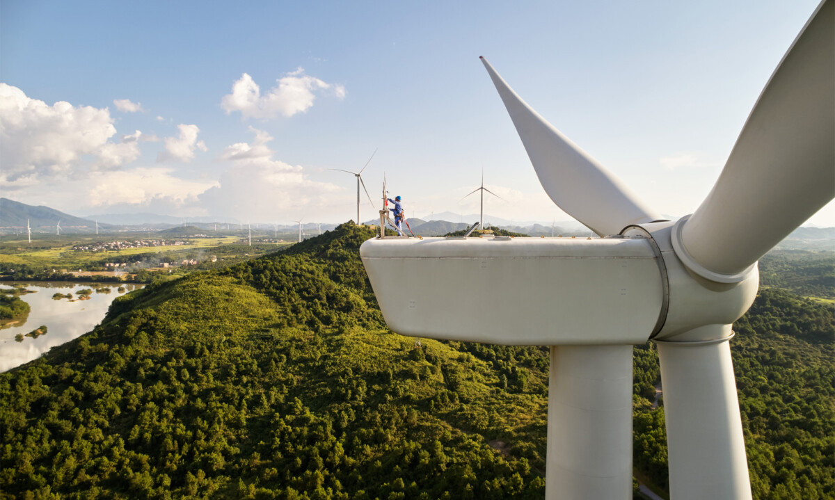Près de 300millions de dollars ont été investis avec un fonds d'investissement chinois pour un projet créant 1gigawatt d'énergie renouvelable