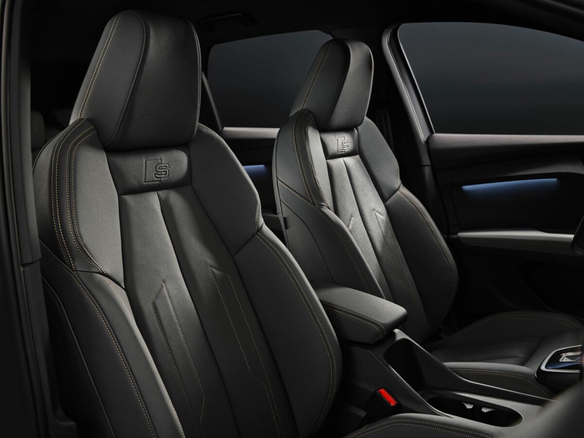 Les sièges avant de l'Audi Q4 e-tron