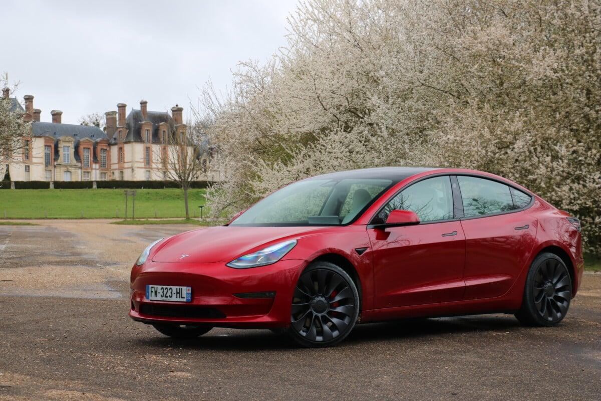 La Tesla Model 3 Performance