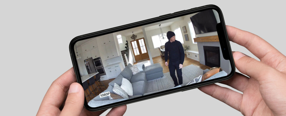 La caméra Arlo Essential Indoor filme en HD 1080p avec un champ de vision de 130°