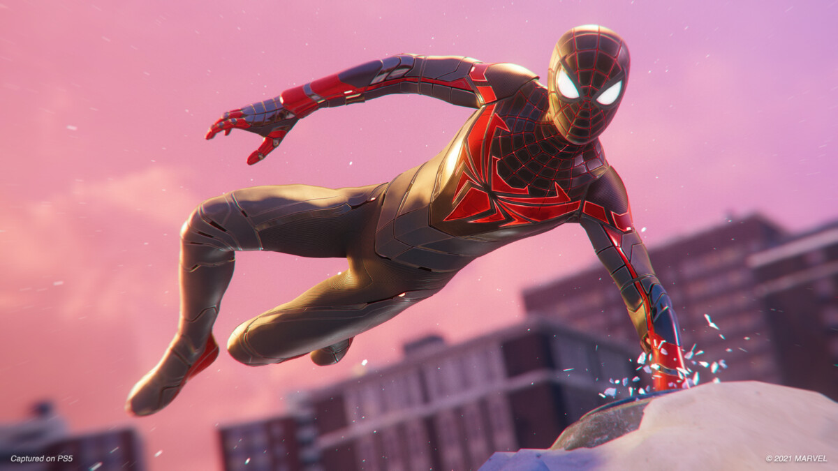 The new look of Spider-Man hero Miles Morales on PS5 incorporates automatic muscle and clothing deformation.