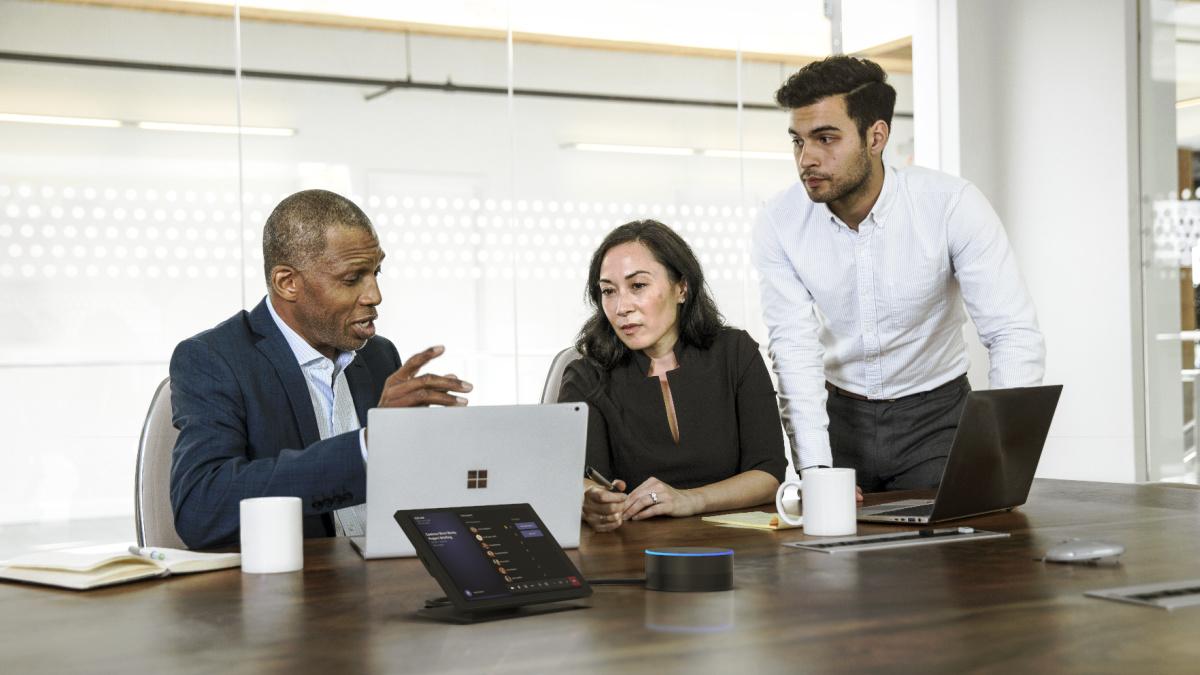 La nouvelle enceinte compatible Microsoft Teams pour les réunions vidéo