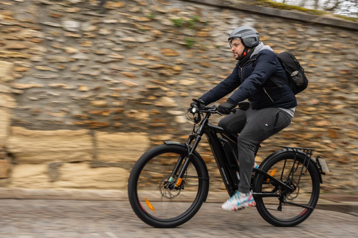 Si la vitesse est systématiquement évoquée, on en oublie qu'on est zen sur un vélo, à la différence d'un scooter par exemple.