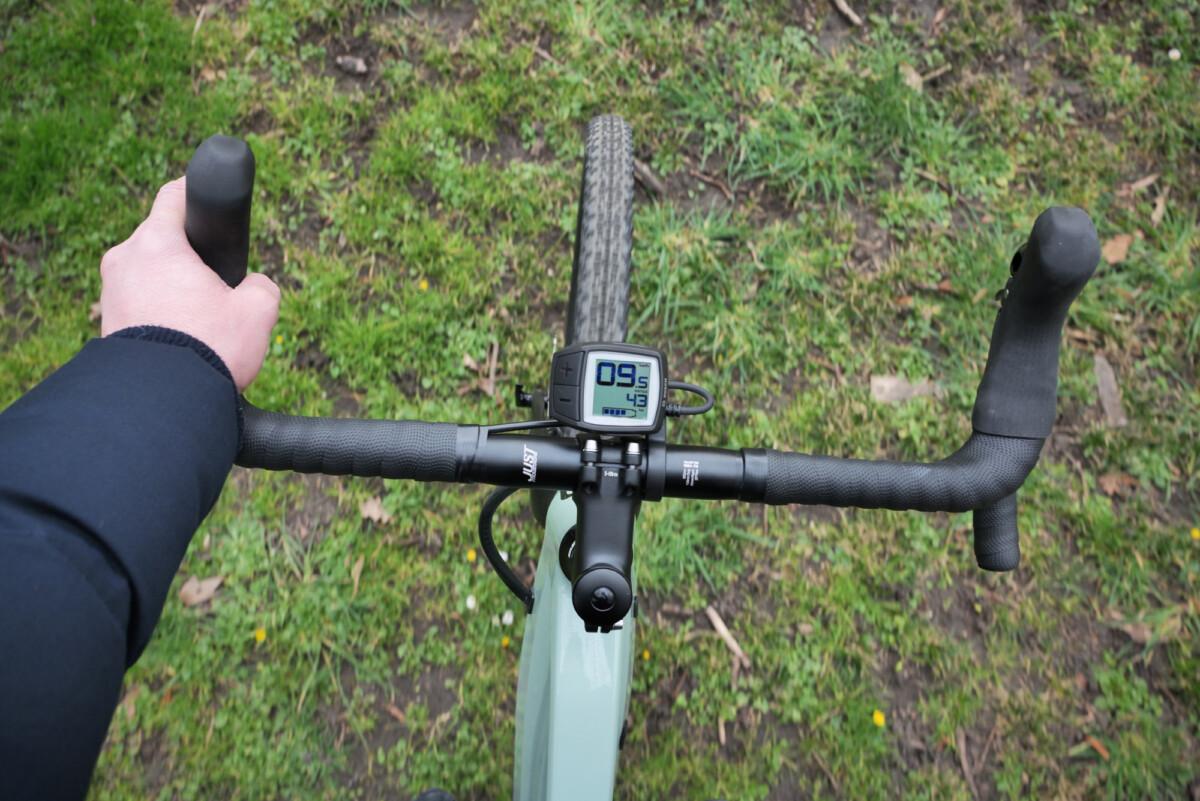 Test du vélo électrique Moustache Dimanche29.3 Gravel: du fun et du sport!