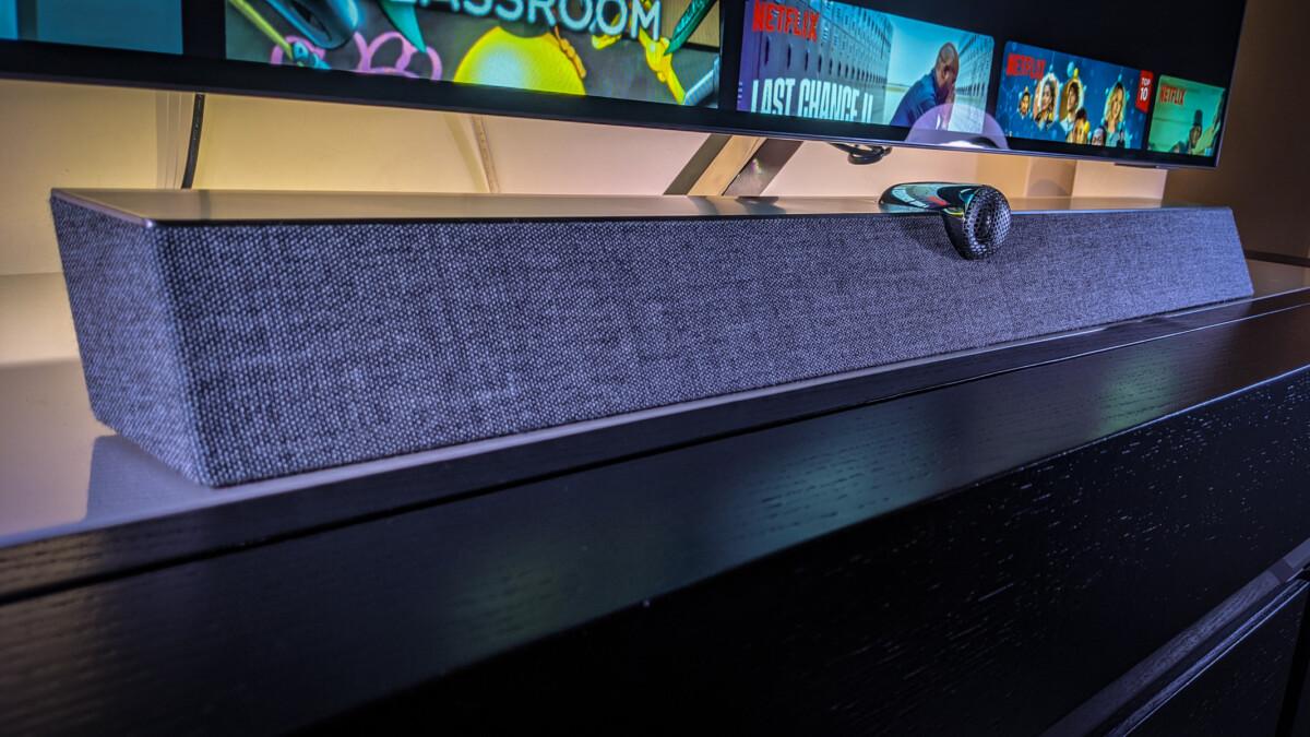 Une barre de son Dolby Atmos B&W