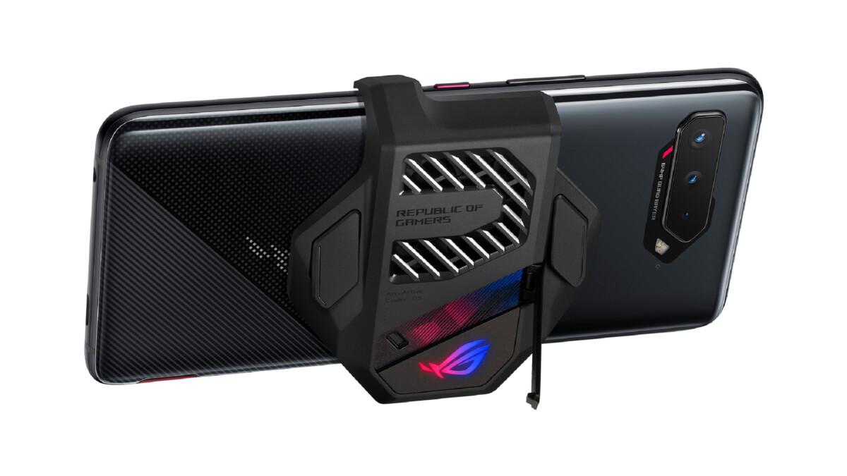 Le ventilateur AeroCooler 5 est désormais en option sur le ROG Phone 5