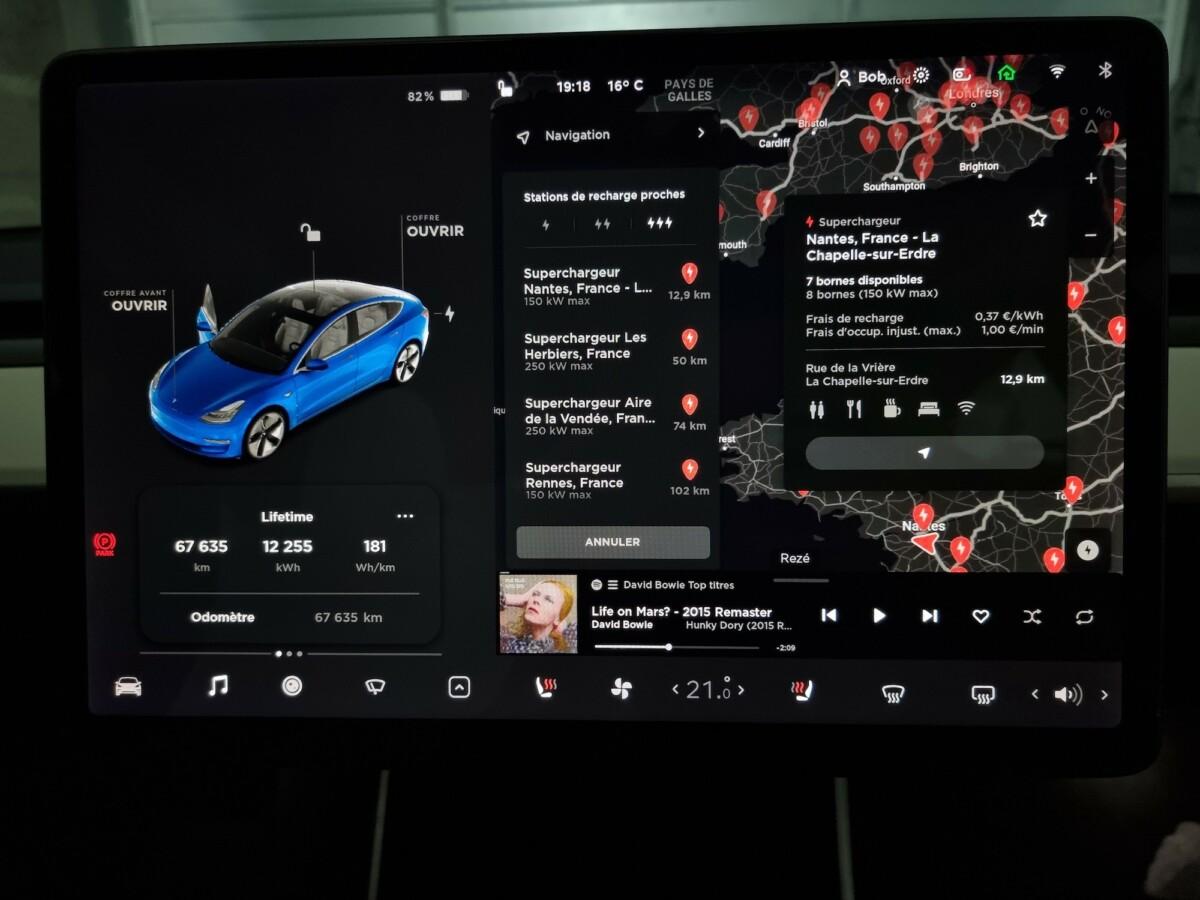 Le tarif des Superchargeurs Tesla, visible depuis l'écran d'une Model 3