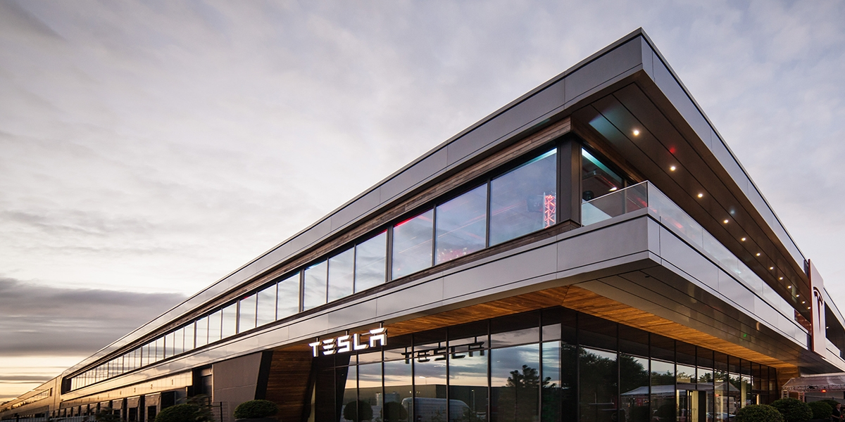 L'usine Tesla de Tilburg aux Pays-Bas
