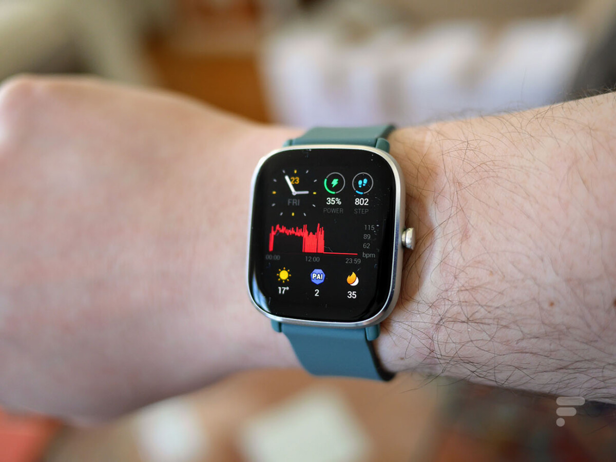 La montre Amazfit GTS 2 Mini est point le moins compacte