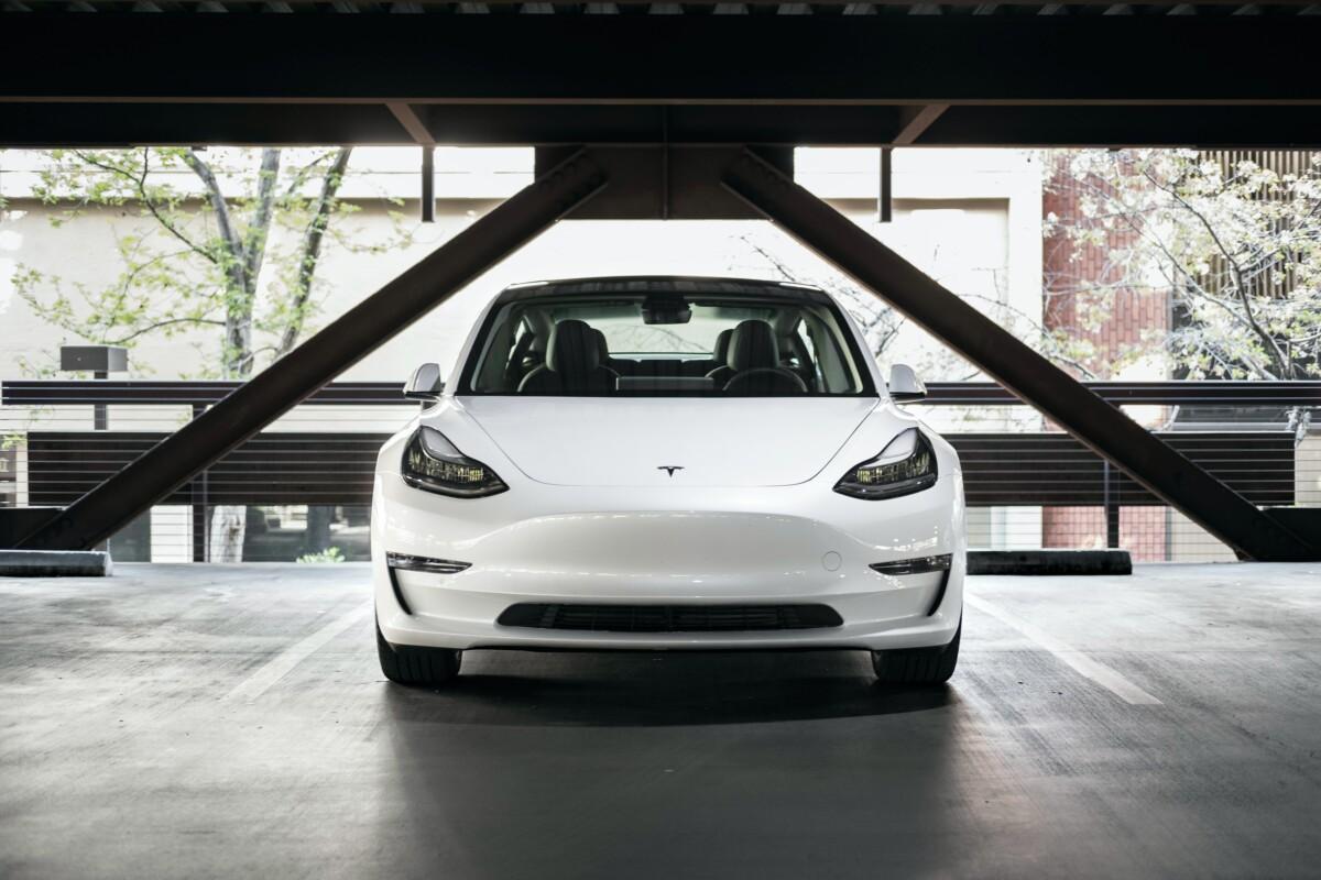 Tesla Model 3 : de nouveaux changements de prix en France, on fait le point